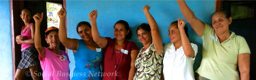 Mujeres de Achuapa